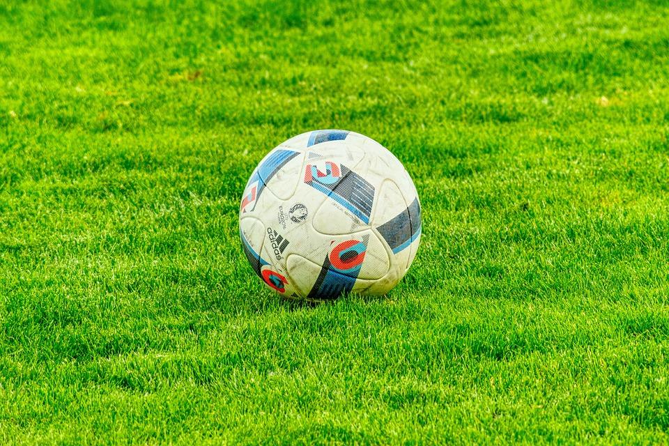 football-2778583_960_720